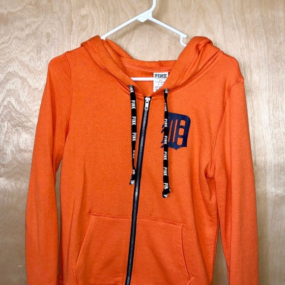 detailed pictures 3c615 4741c VS PINK Detroit Tigers Zippered Hoodie Size Small